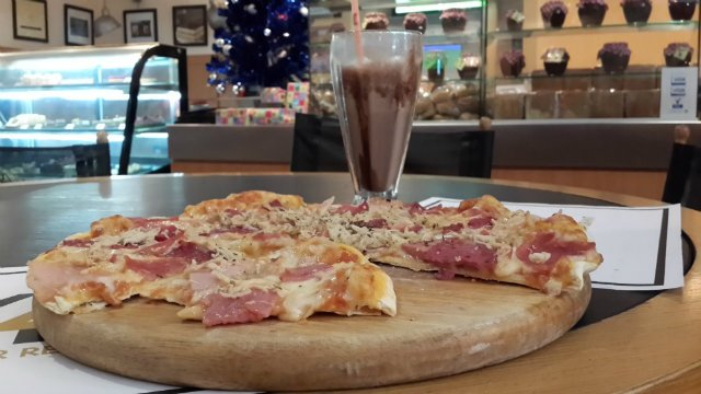 how i spent my christmas holiday a photo essay lape soetan pizza and milkshake lagos ia