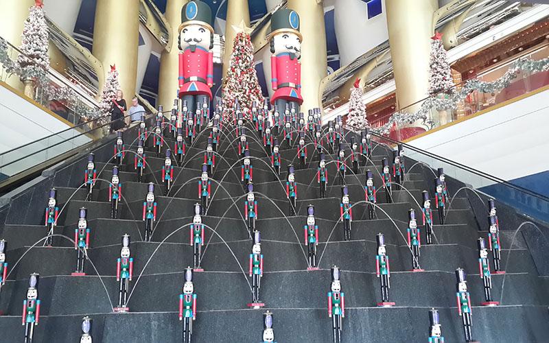 Travel Pictures Doing Dubai Lape Soetan